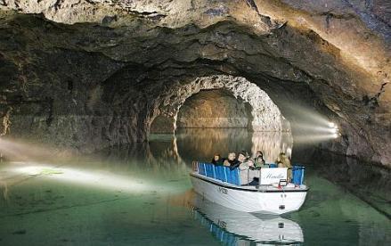 Kirándulás Bécsbe + Seegrotte - tavas barlang