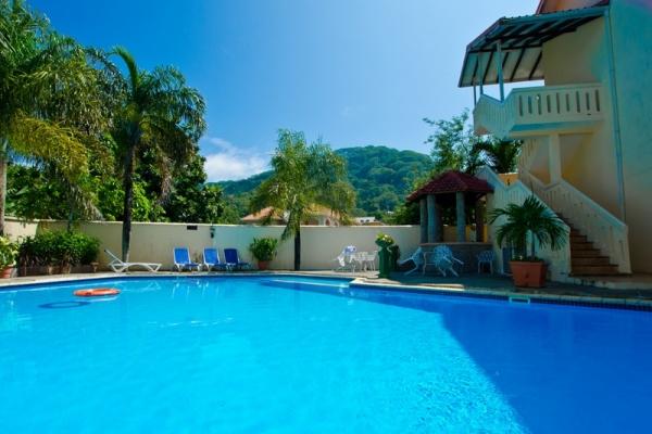 Seychelle-szigetek - Coco dOr Hotel ***