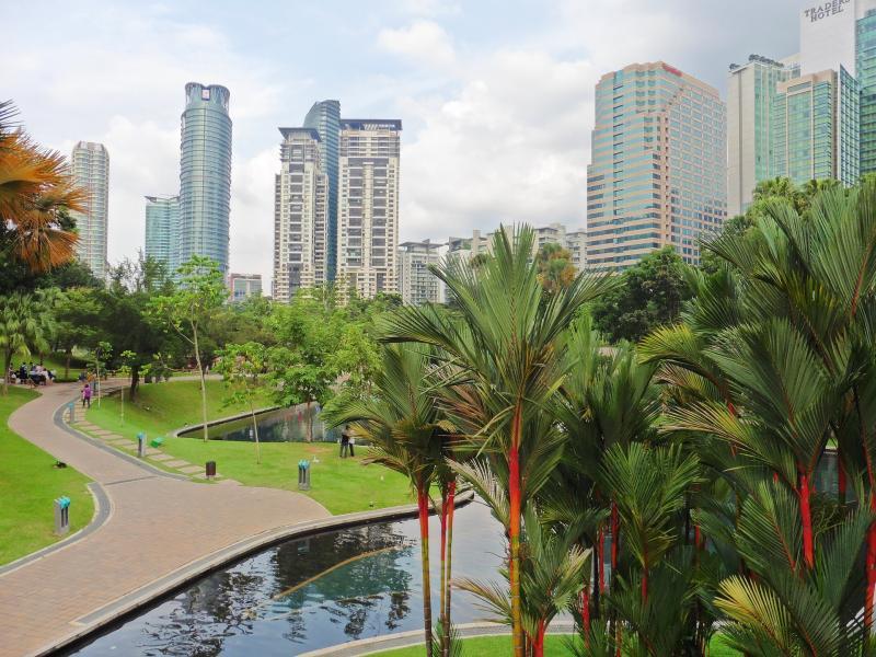 Kuala Lumpur és Szingapúr felfedezése, pihenéssel Bali szigetén