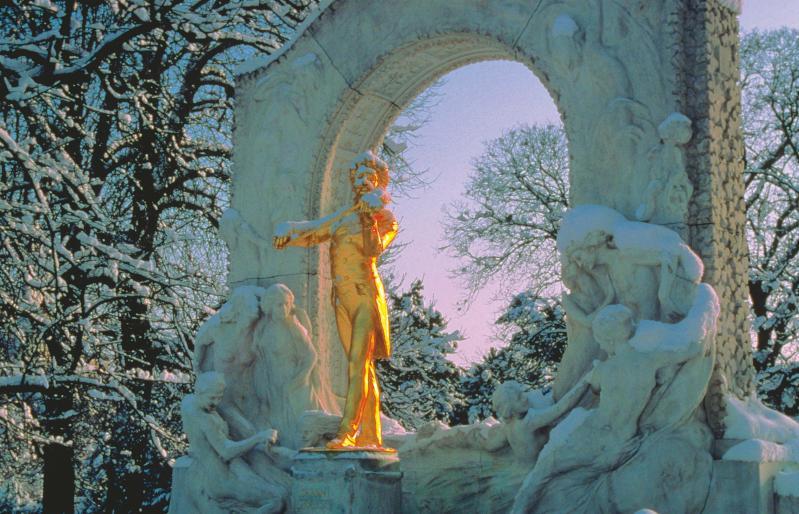 Advent a Duna menti fővárosokban: Pozsony és Bécs