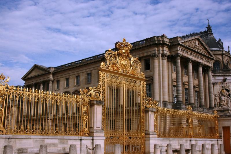Párizs - Versailles és a Loire völgyi kastélyok - autóbusszal