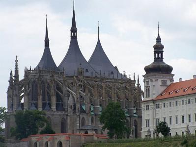 Száztornyú Prága