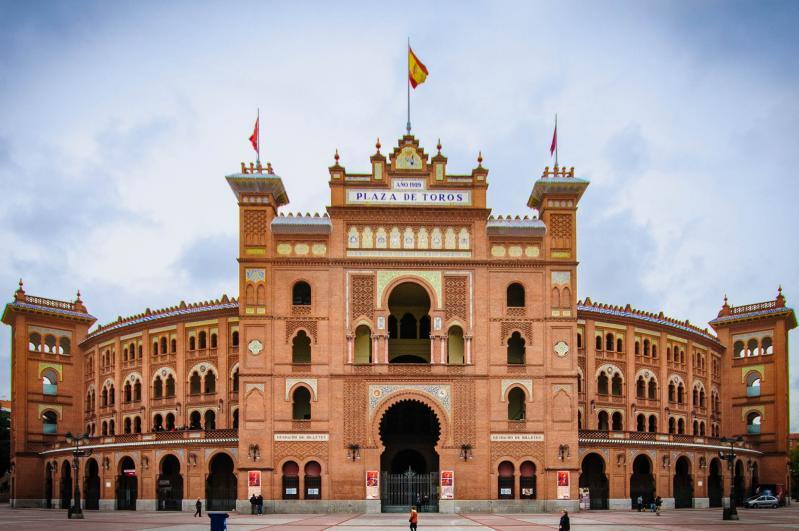 Spanyolországi nagykörutazás - autóbusszal***