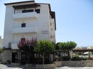 Arhodiko Hotel  *