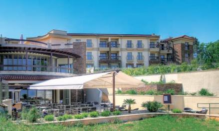 Blue Wawes Resort ****