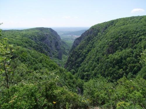 Felvidék barlangjai és természeti szépségei