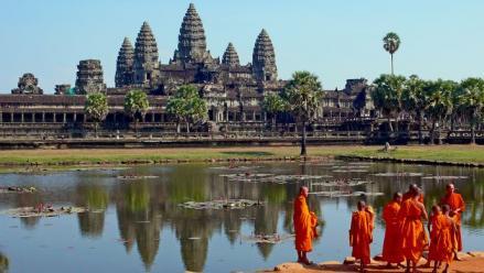 3 éj Bangkok Royal President **** + 4 éj Angkor Prince **** + 6 éj Pattaya Tropicana ***