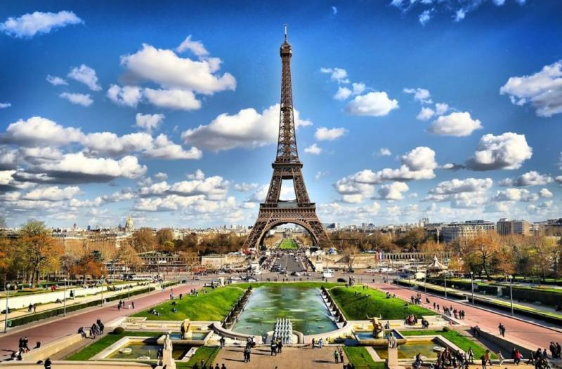 http://backend.aleph.hu/travelmax/public_html/gallery/640849/Paris_la_torre_eifel.jpg