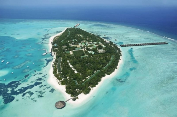 Meeru Island Resort & Spa ****+