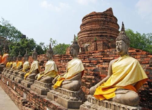 Látogatás Észak-Thaiföld látványos fesztiváljain, pihenéssel Krabi tengerpartjain