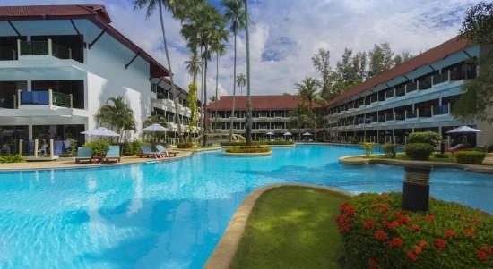 Amora Beach Resort ***
