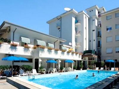 Hotel PORTOFINO 3* - Piazza Trento