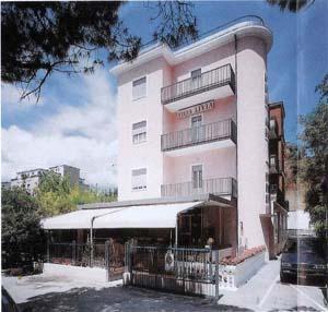 Hotel Villa Livia 2*