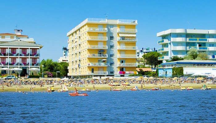 Adriatico Apartmanház