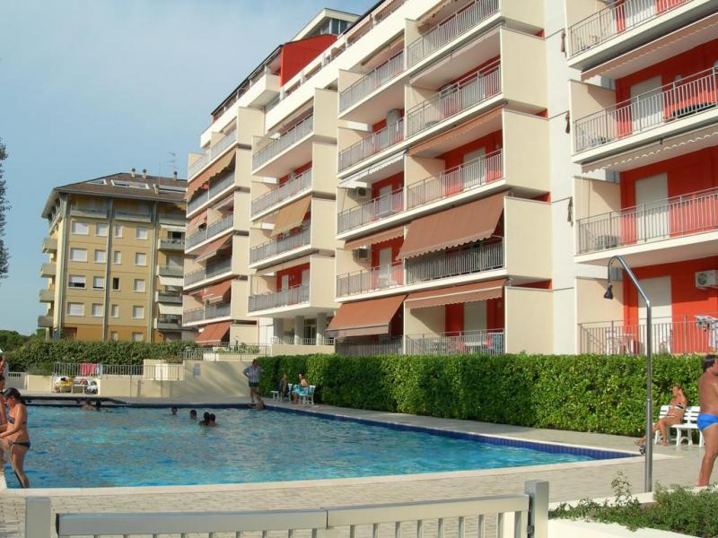 Acapulco Apartmanház