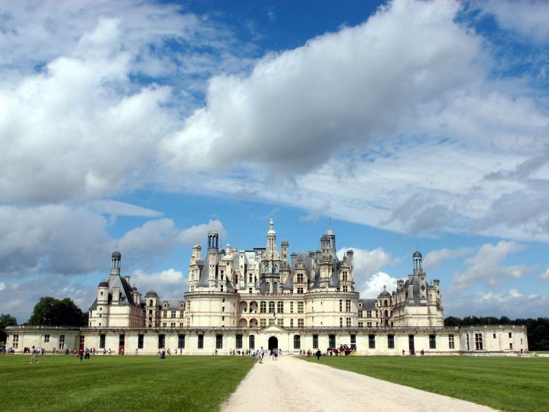 Versailles és a Loire völgyi kastélyok