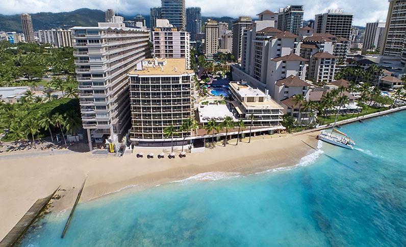 Hawaii nyaralás - Outrigger Reef on The Beach *****