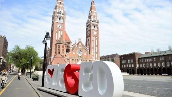 Szeged a paprika városa és a Zsinagóga