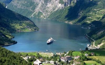 Skandináv fővárosok és a norvég fjordok - visszaútban repülővel