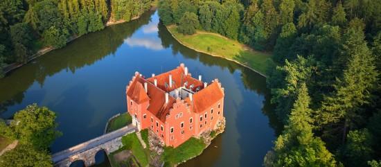 Dél-cseh várak és kastélyok