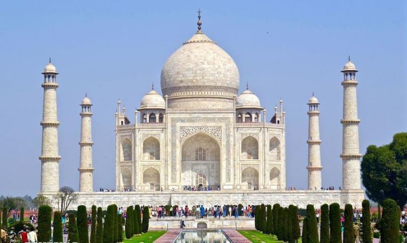 Mesebeli India II.