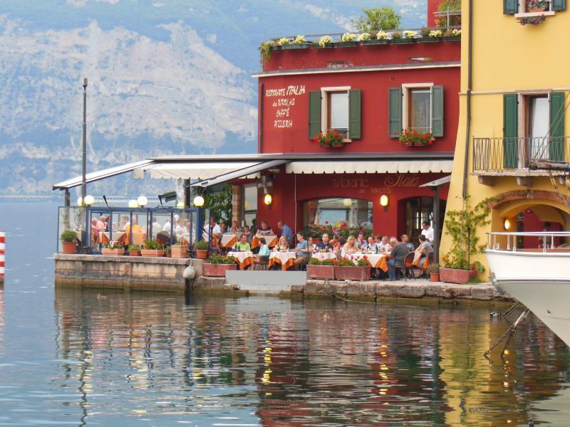 Tengerparti pihenés Olaszországban|8
