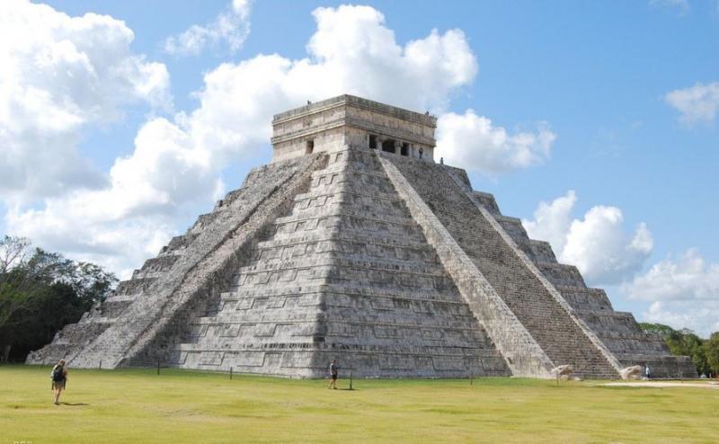 Varázslatos Mexikó - piramisok, gyarmati emlékek, felhőkarcolók, álomstrandok