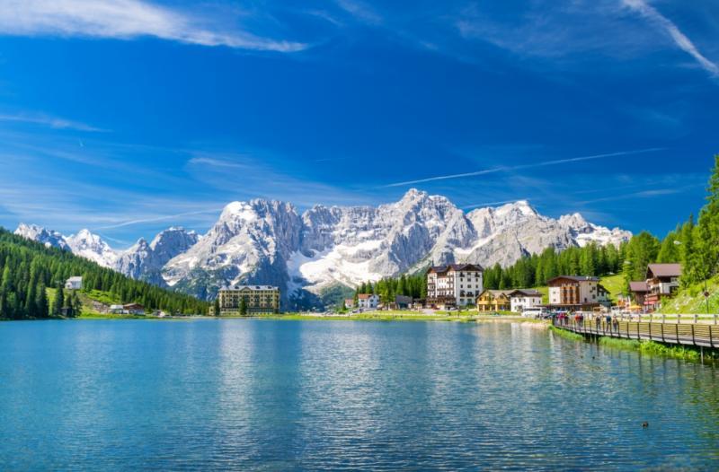 Garda-tó... Pálmafák és havas hegycsúcsok