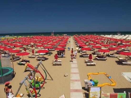 BUSZOS NYARALÁS: Rimini 5 éj - Hotel Petrarca ***