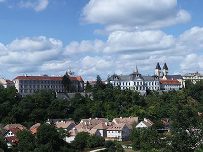 A Bakony dombjai között: Zirc, Herend és Veszprém 2021