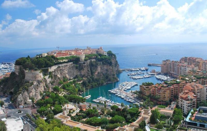 Tavaszköszöntés a Francia Riviérán provence-i kirándulásokkal