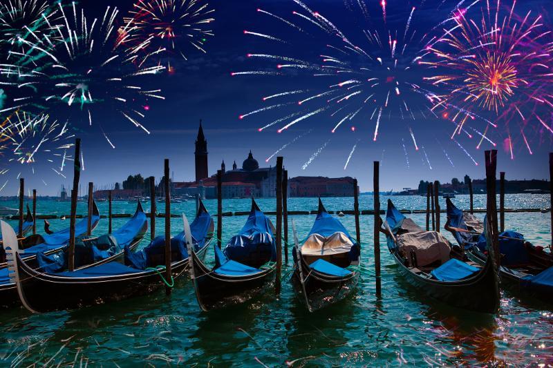 Velencei tűzijáték|2
