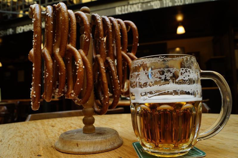 Prága - ízekkel, sörrel és knédlivel