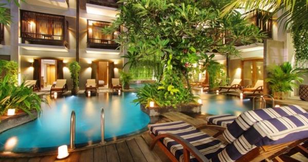 Hotel Oasis Lagoon ****