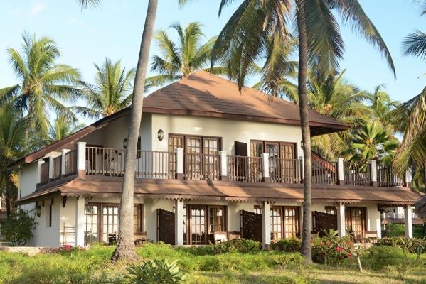 Hotel Breezes Beach Club and Spa ****