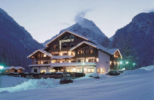 Hotel Tyrolia 3* - Malga Ciapela/Marmolada ***