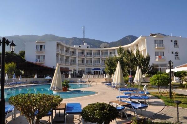 Sempati Club Hotel ***