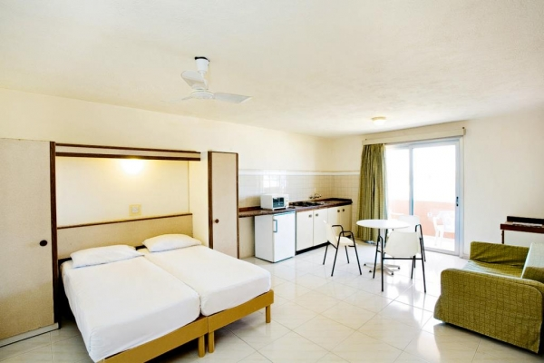 Luna Holiday Complex - Mellieha Bay
