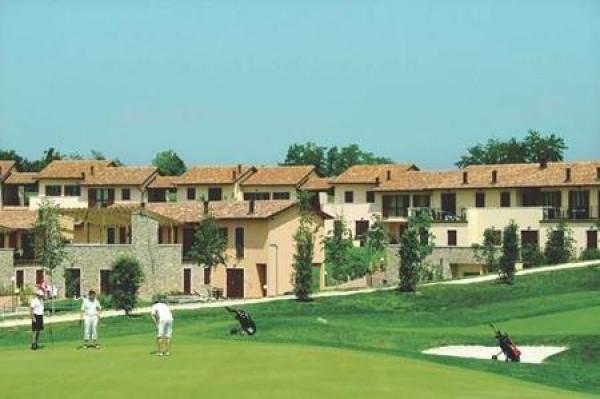 Golf Residence **