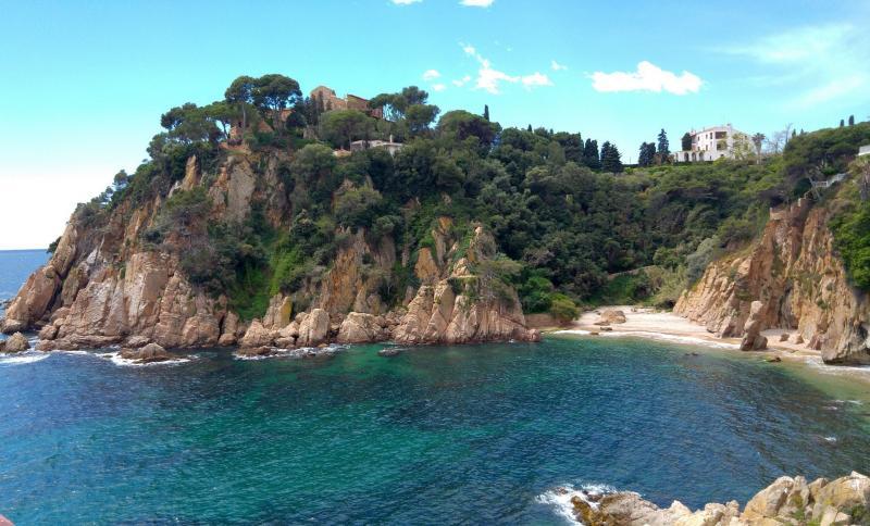 Csillagtúrák Costa Braván - tengerparti pihenéssel - autóbusszal