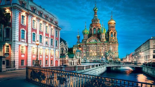 A Baltikum gyöngyszemei és Szentpétervár