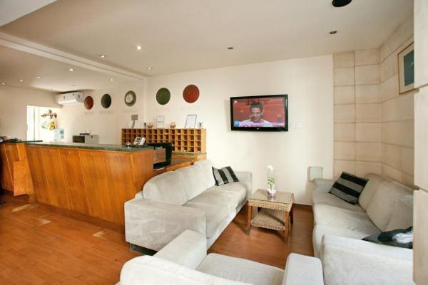 Blazer Residence - Larnaca
