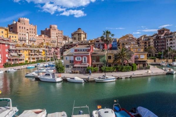 5 napos városlátogatás Valenciában - Hotel ***