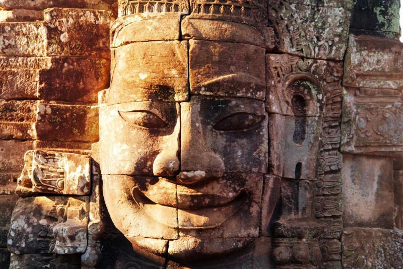 Vietnam és Kambodzsa felfedezése thaiföldi trópusi pihenéssel