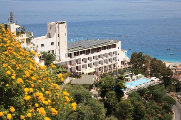 Hotel Antares **** Letojanni - Szilveszter