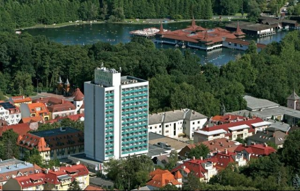 Hunguest Hotel Panoráma***