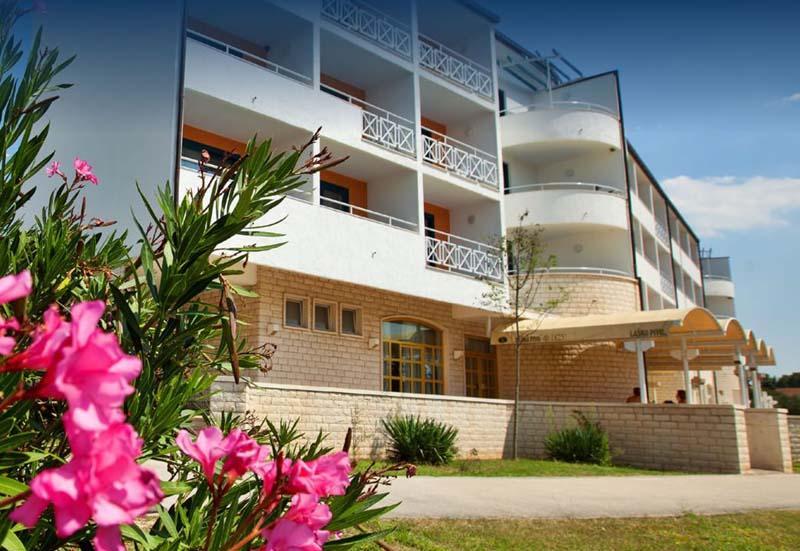 Hotel Alba *** - Sveti Filip Jakov - Nyaralás Zadar környékén