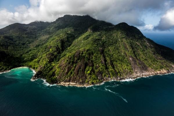 Seychelle szigetek - Hilton Seychelles Labriz Resort & Spa***** - Silhouette (Egyéni)