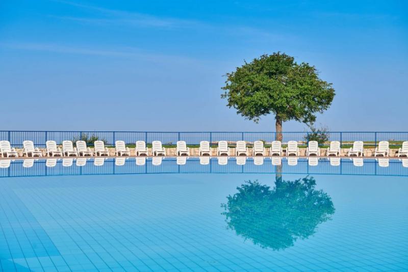 Katoro Resort medence