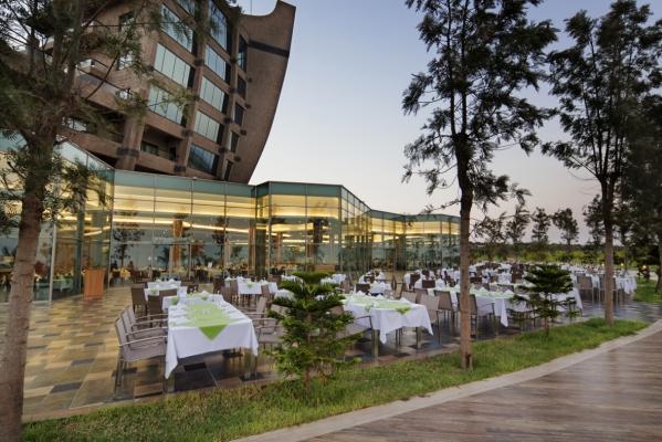 Noahs Ark Deluxe Resort & Casino